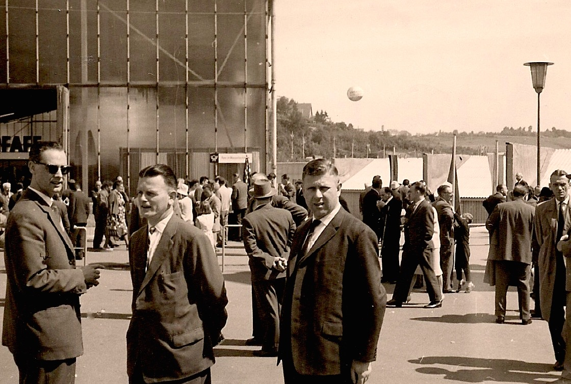 1965-Ravo-beurs-Pirmasens-Ties-Teeuwes-Karel-Broes-Willy-v.d.-Velden