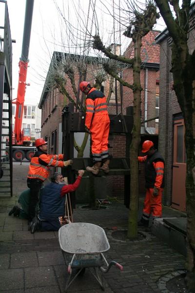 2009-03-30 Transport machines Cuijk naar Ravenstein 3